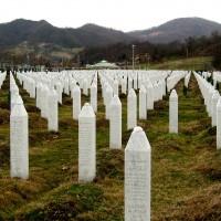 Fig. 13. Memoriale e cimitero delle vittime del genocidio del 1995, Srebrenica-Potočari, Bosnia Herzegovina