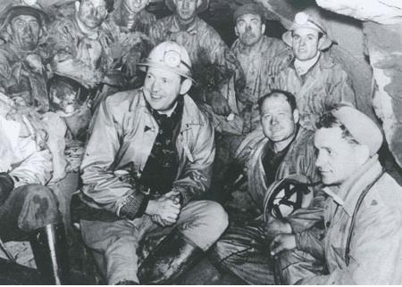 Risultati immagini per minatori italiani belgio